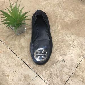 Tory Burch single shoe